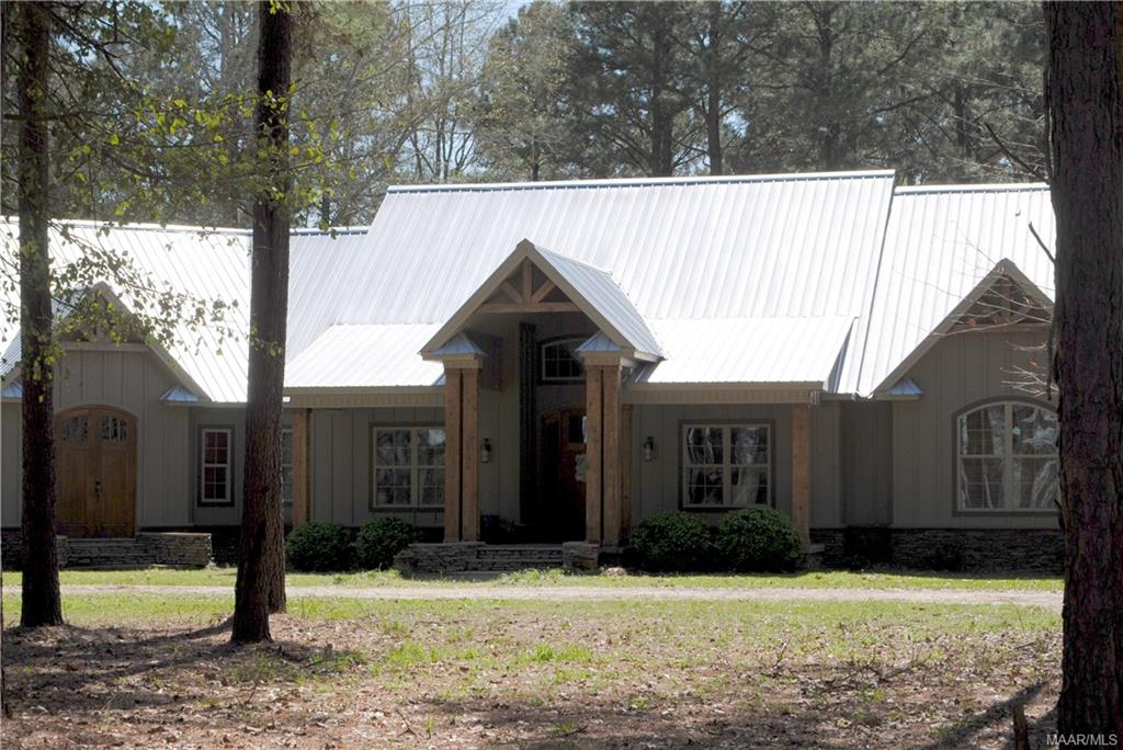 PRICE REDUCED – Beautiful Custom Home on 10.66+/- Acres in Lowndes County